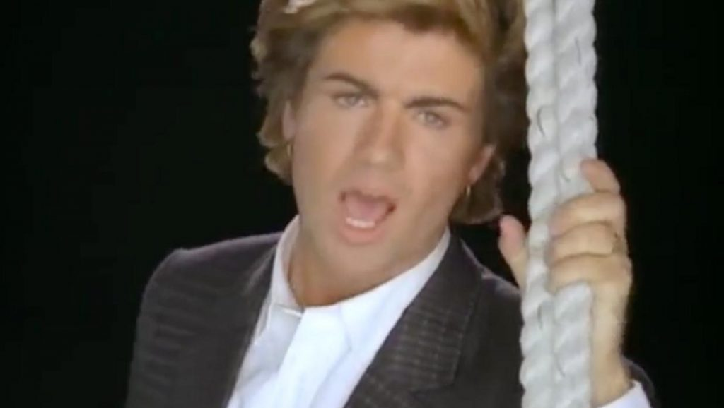 "George Michael interpretando ""Careless Whisper"""