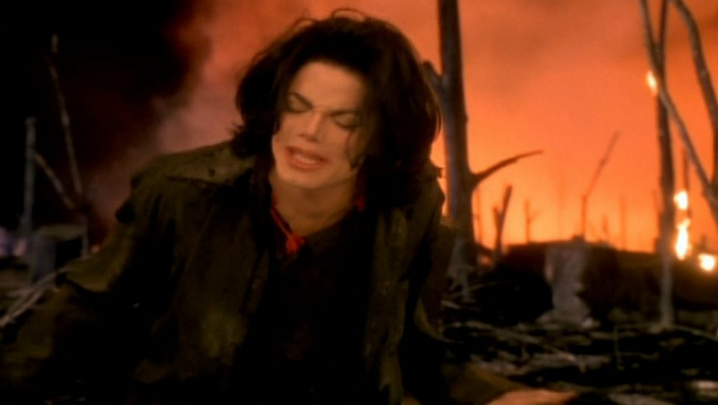 "Michael Jackson durante el videoclip de ""Earth song"""