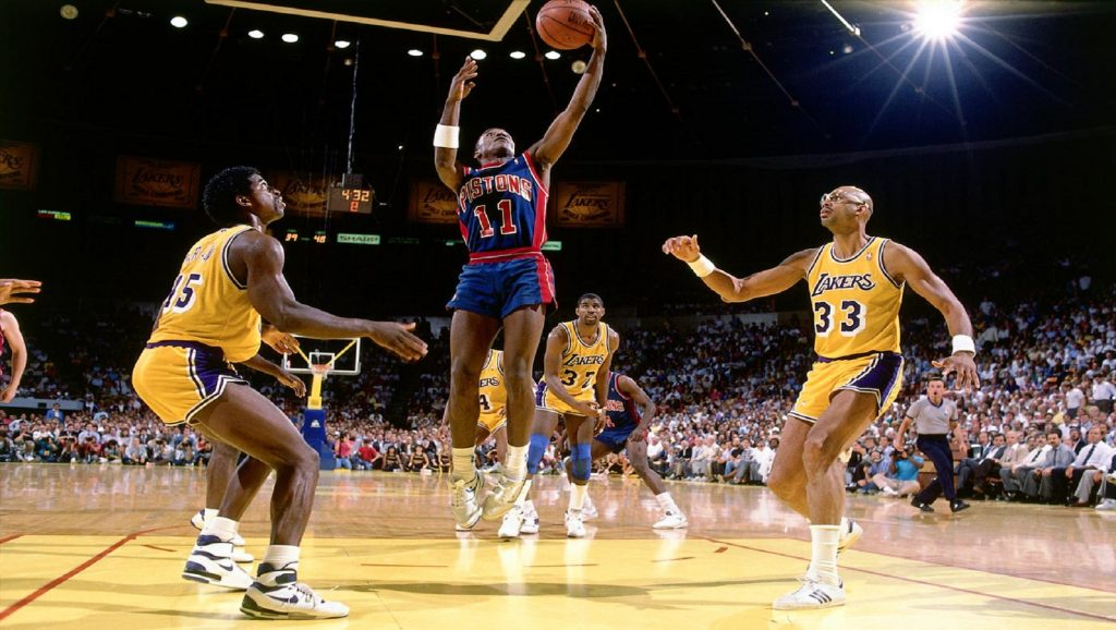 Pistons contra Lakers