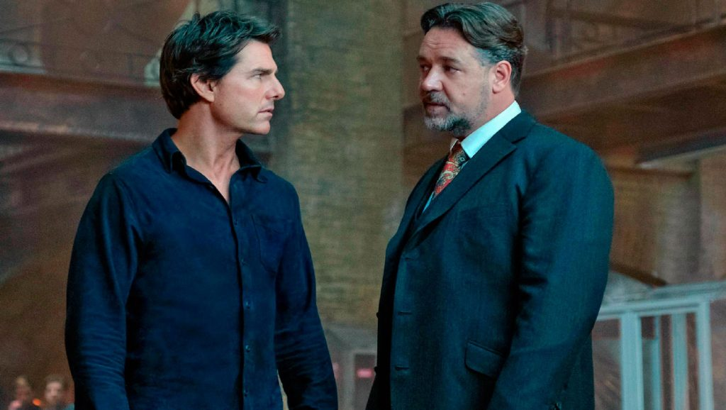 "Tom Cruise y Russel Crowe en ""La Momia"""