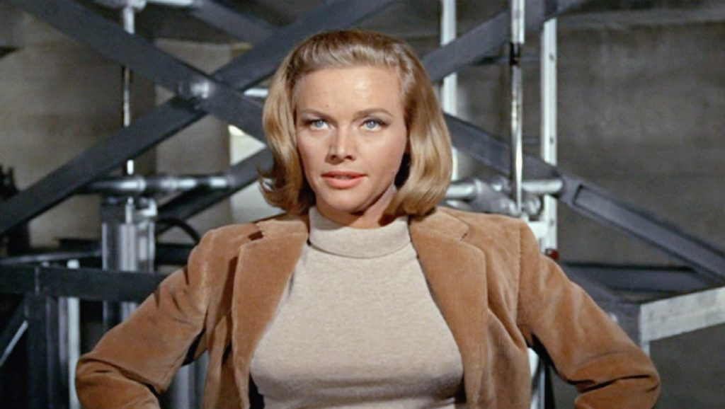 Honor Blackman en Goldfinger