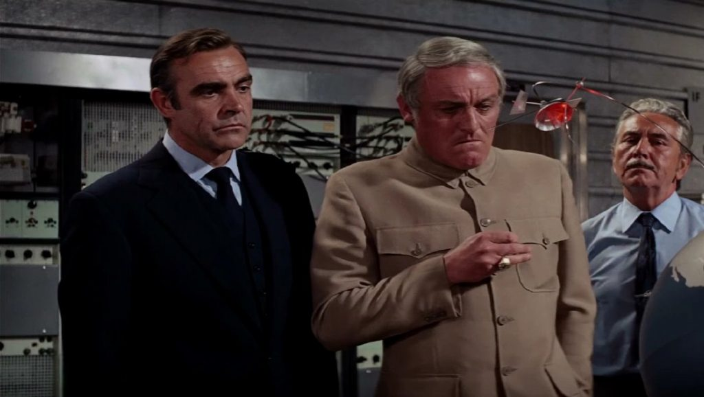 Sean Connery y Charles Gray en Diamantes para la eternidad