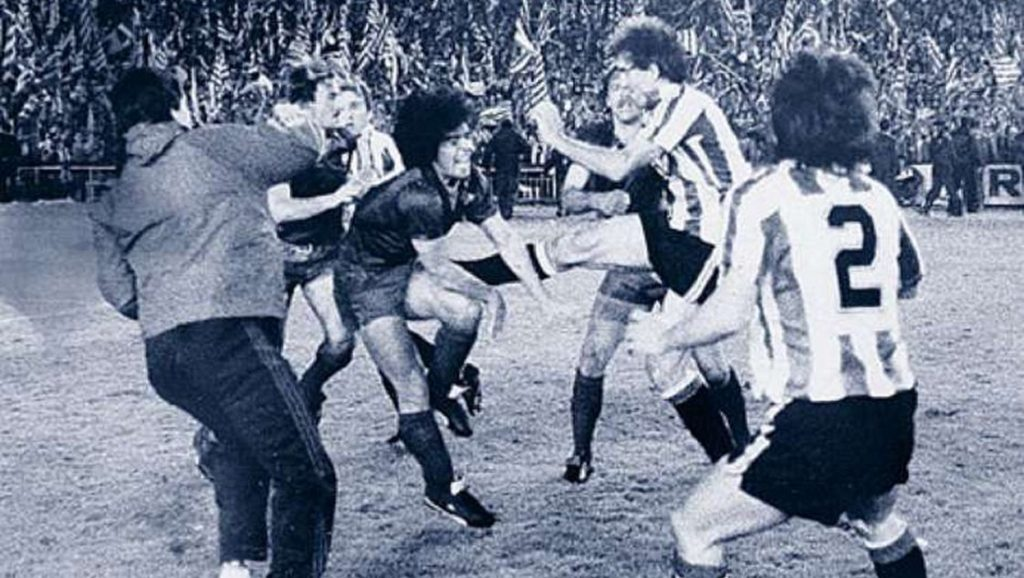 Maradona en batalla campal contra el Athletic Club