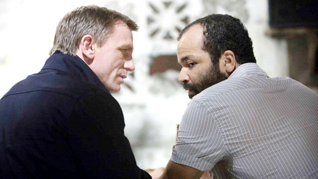 "Daniel Craig y Jeffrey Wright en ""Quantum of Solace"""