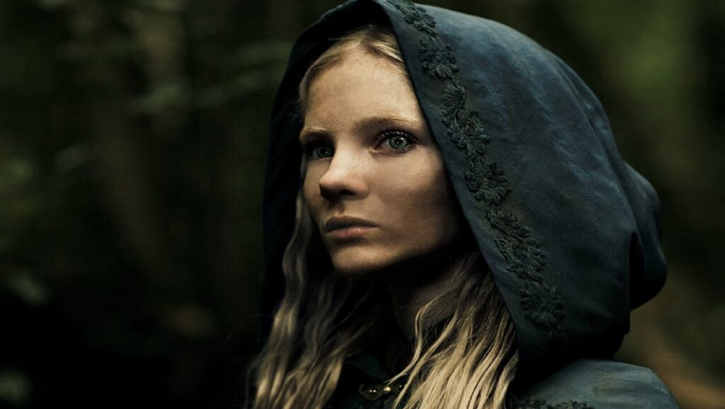 "Freya Allan en la serie ""The Witcher"""